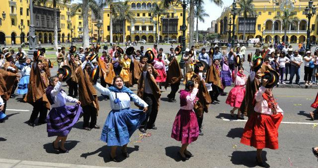 Tag på en rundrejse i Peru og Bolivia